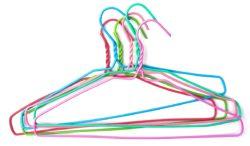nuevo uso para los ganchos de ropa