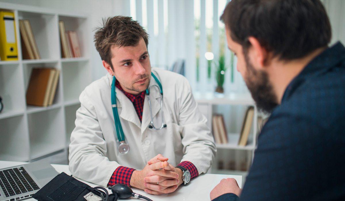 Depresión y estreñimiento entre los síntomas comunes del Parkinson
