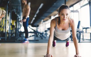 cosas que no debes hacer en el gimnasio