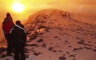 Alpinista de 13 años conquista el Kilimanjaro