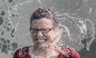Reto del agua hirviendo, ¿culpa de la ociosidad?