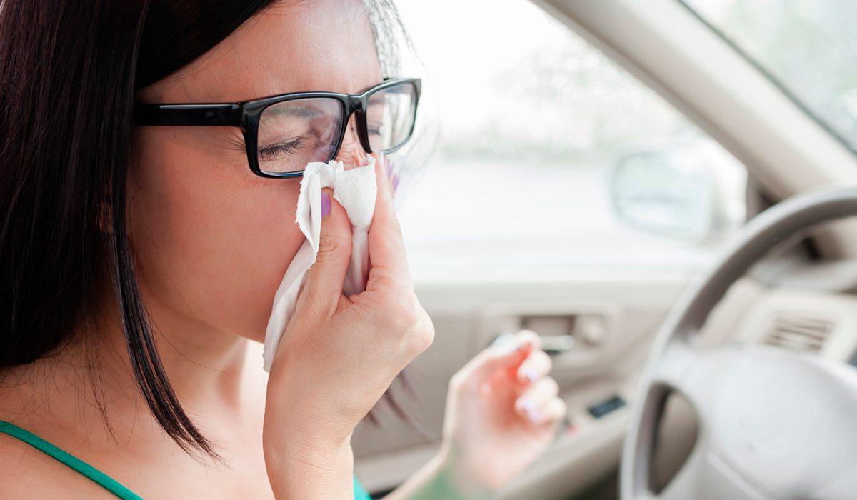 goteaba líquido cefalorraquídeo por la nariz