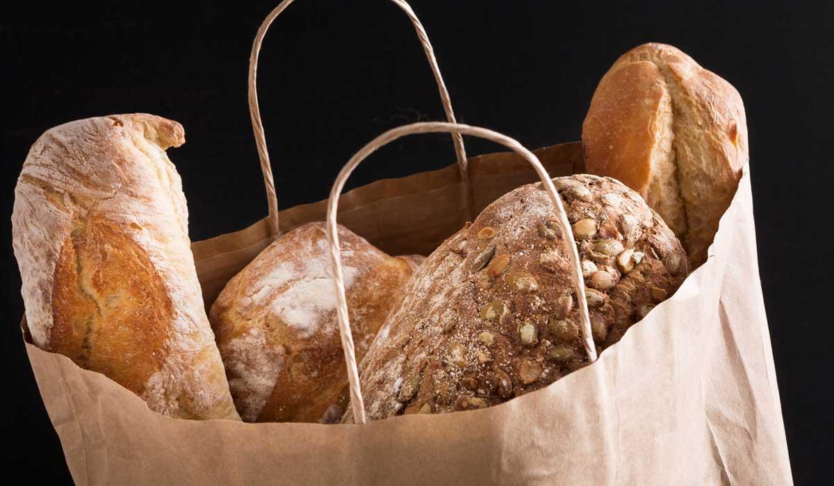 por qué el pan te lo dan en bolsa de papel