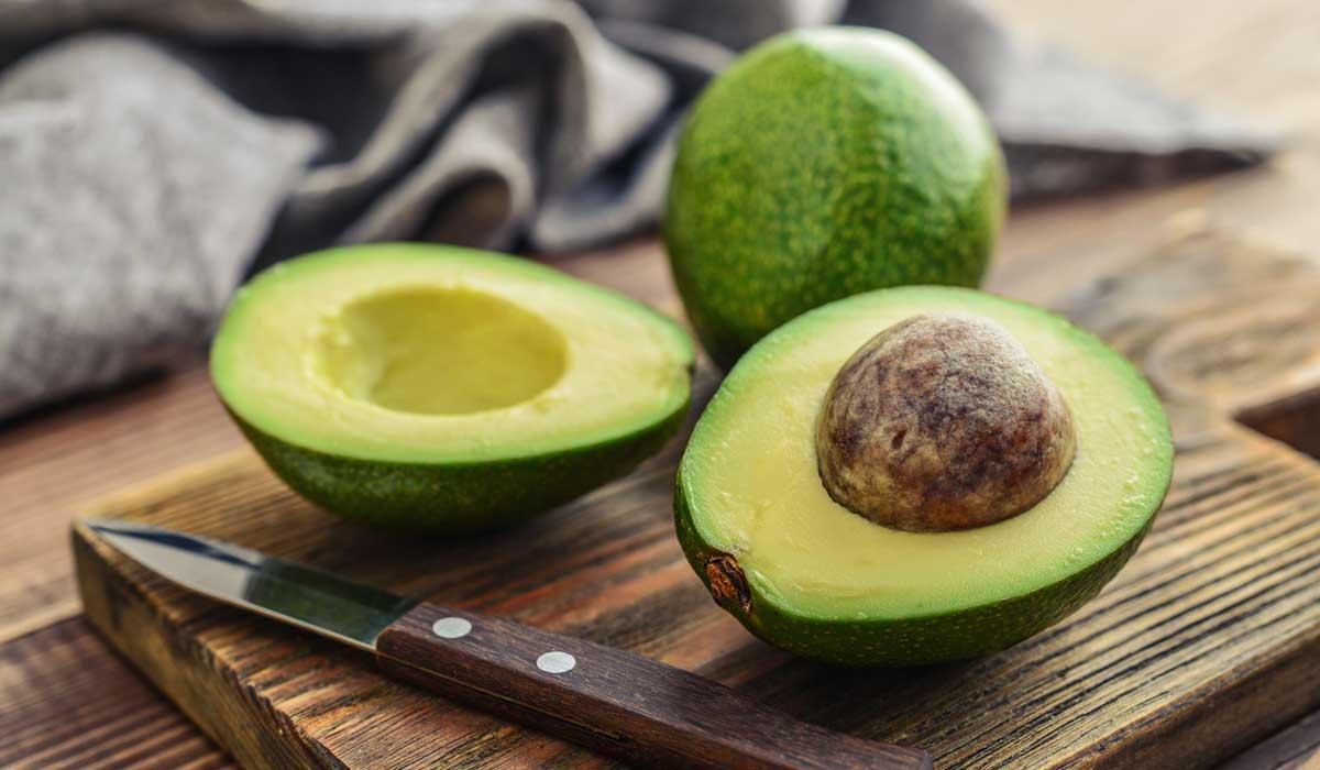 Reduce tu colesterol con cien gramos diarios de aguacate