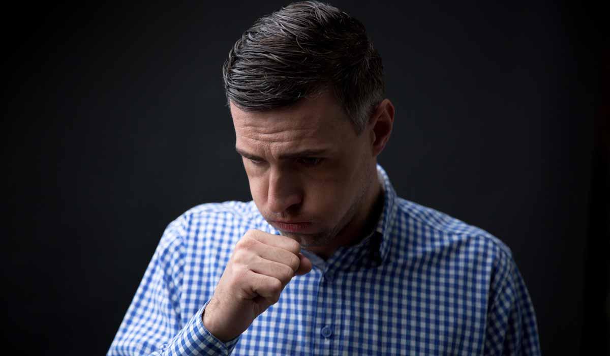 Automedicarse puede ocultar enfermedades más severas