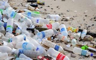 contaminación de los océanos por plásticos