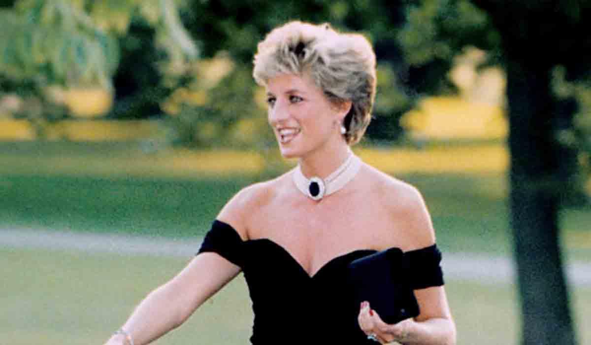 la historia del vestido de la princesa Diana