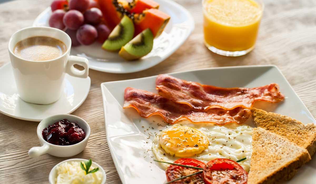 ¿Por qué los desayunos en los hoteles son llamados 'Continental'?