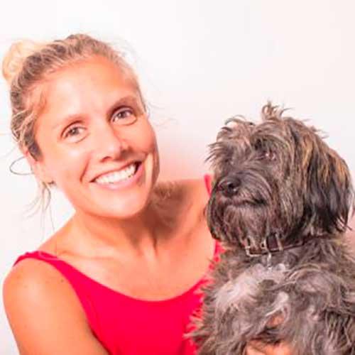 Encontró a este perro moribundo, pero con amor logro algo increíble