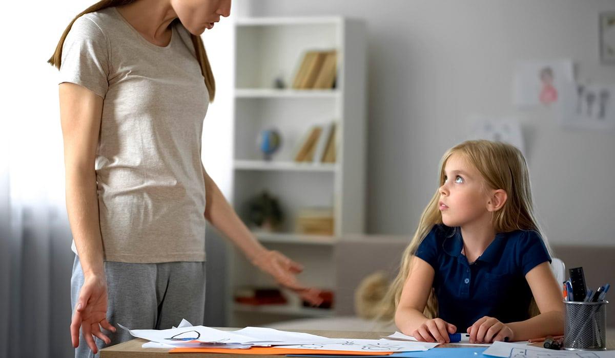 ¿Eres una madre controladora, cómo saberlo?