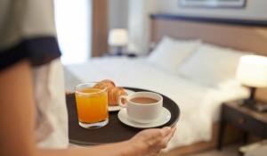 que alimentos conviene no pedir en un hotel