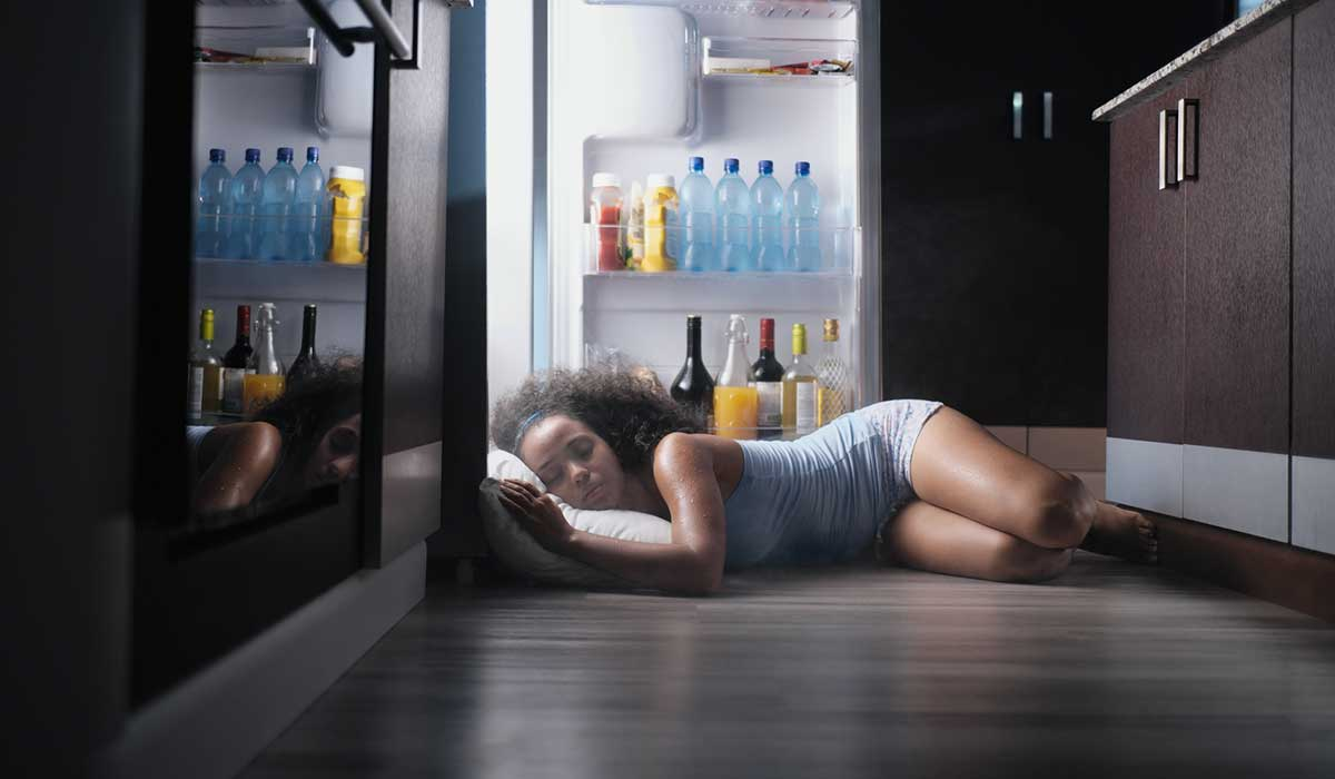 causas del sudor por la noche