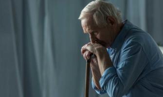 adultos mayores con depresión