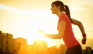 es mejor entrenar por la mañana que por la noche