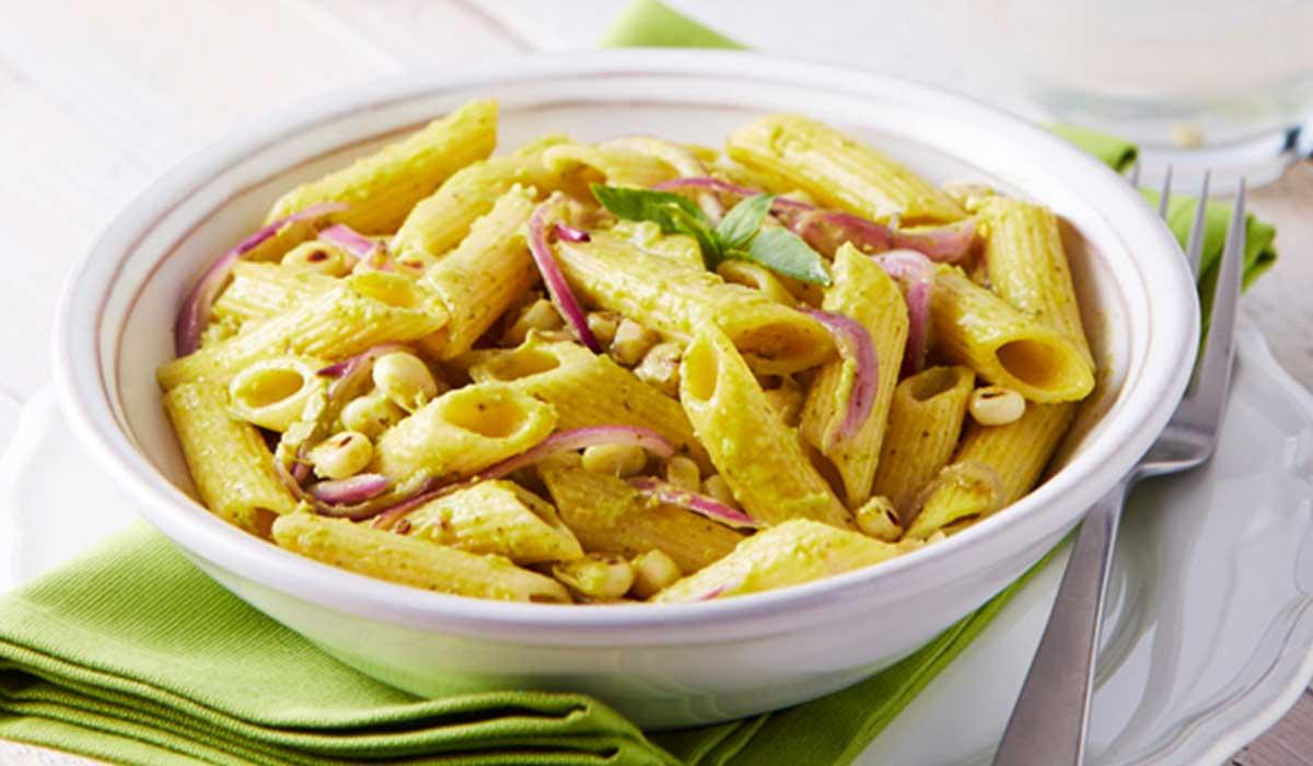Receta de pluma en salsa de chile poblano para celebrar el día de la pasta