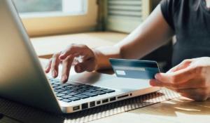 tips para cuidar tu tarjeta de débito al hacer compras