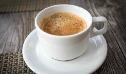Deja el café y bebe esto