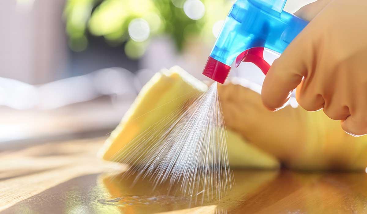 así debes de limpiar en casa por el virus