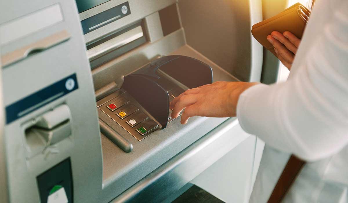 piensa antes de retirara dinero de tu afore