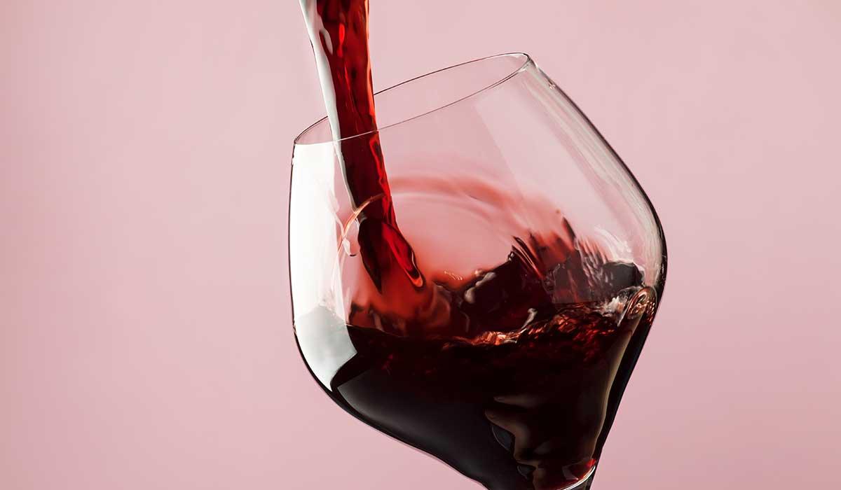 cómo disfrutar el vino con comidas