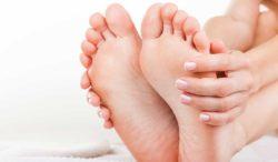 podólogos te dicen cómo eliminar los hongos de los pies