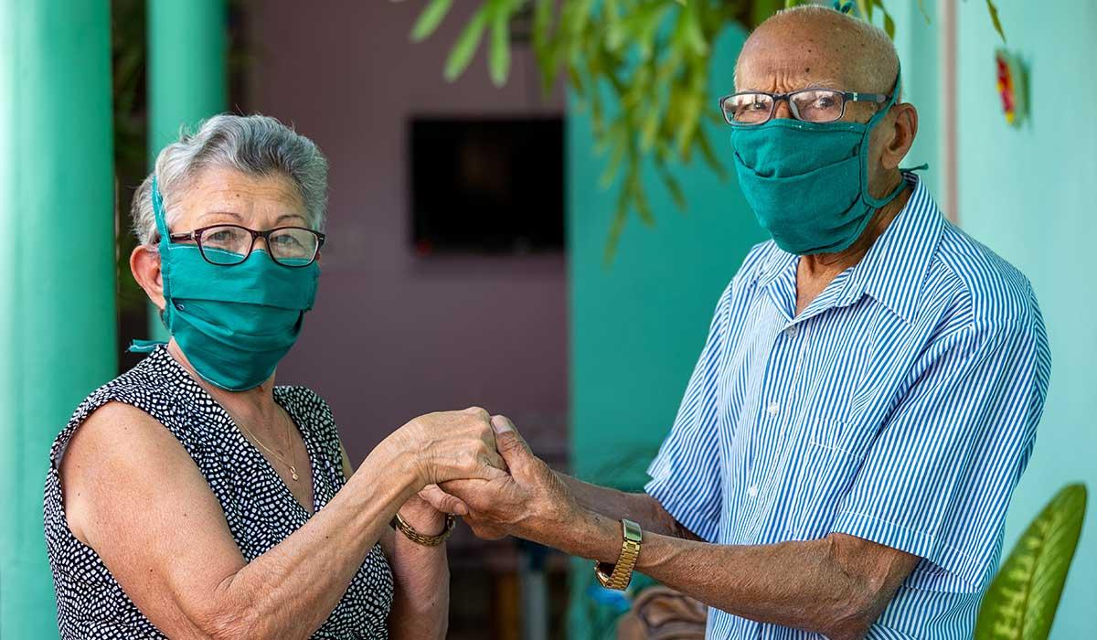 riesgo de contagiar a tus abuelos con Covid-19