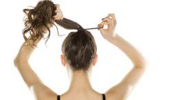 cuida tus muñecas de las ligas para el cabello