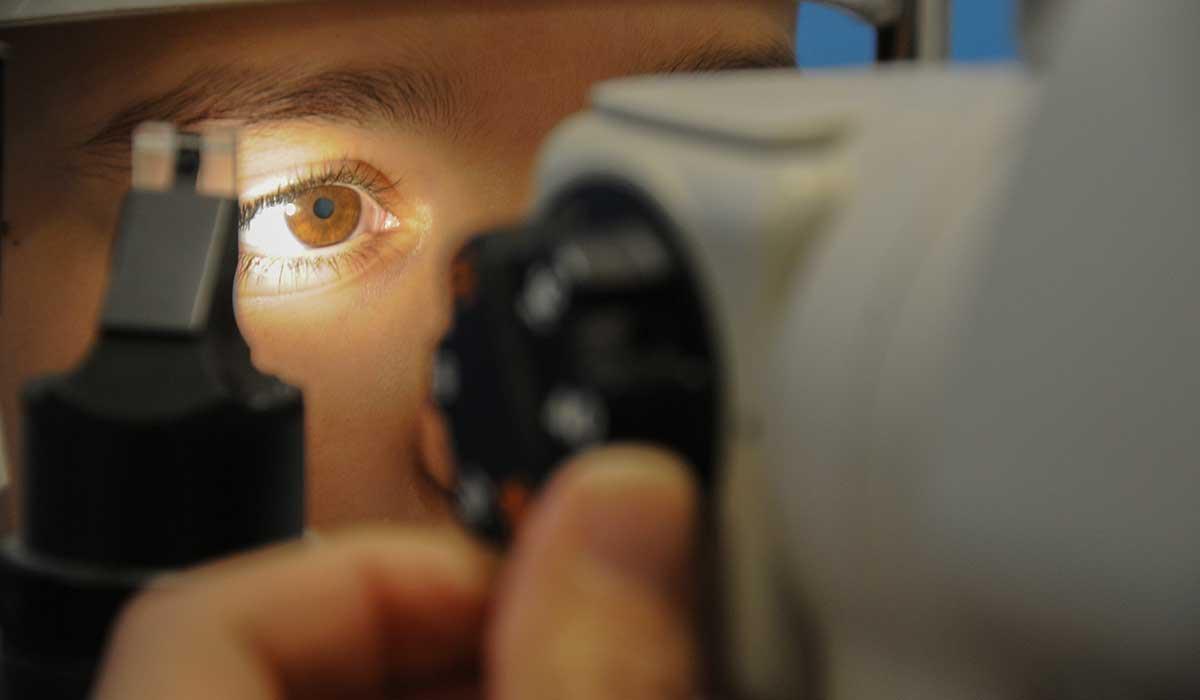 importancia de visitar a un especialista oftalmológico