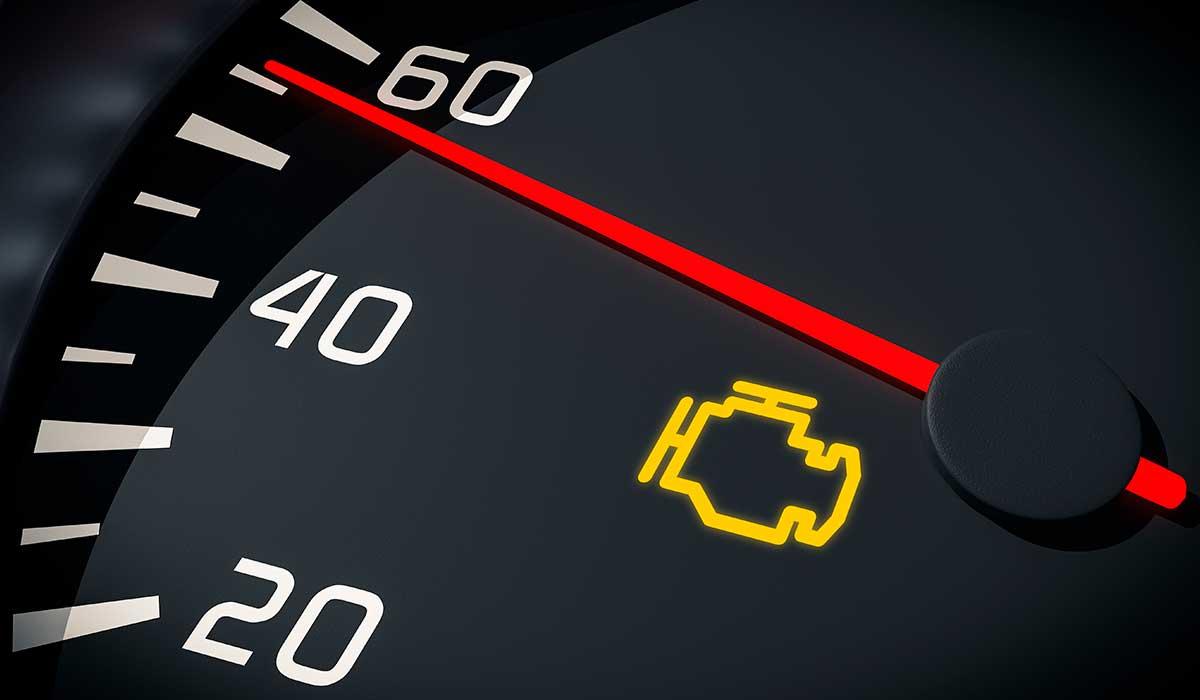 la luz del motor de tu coche es muy importante