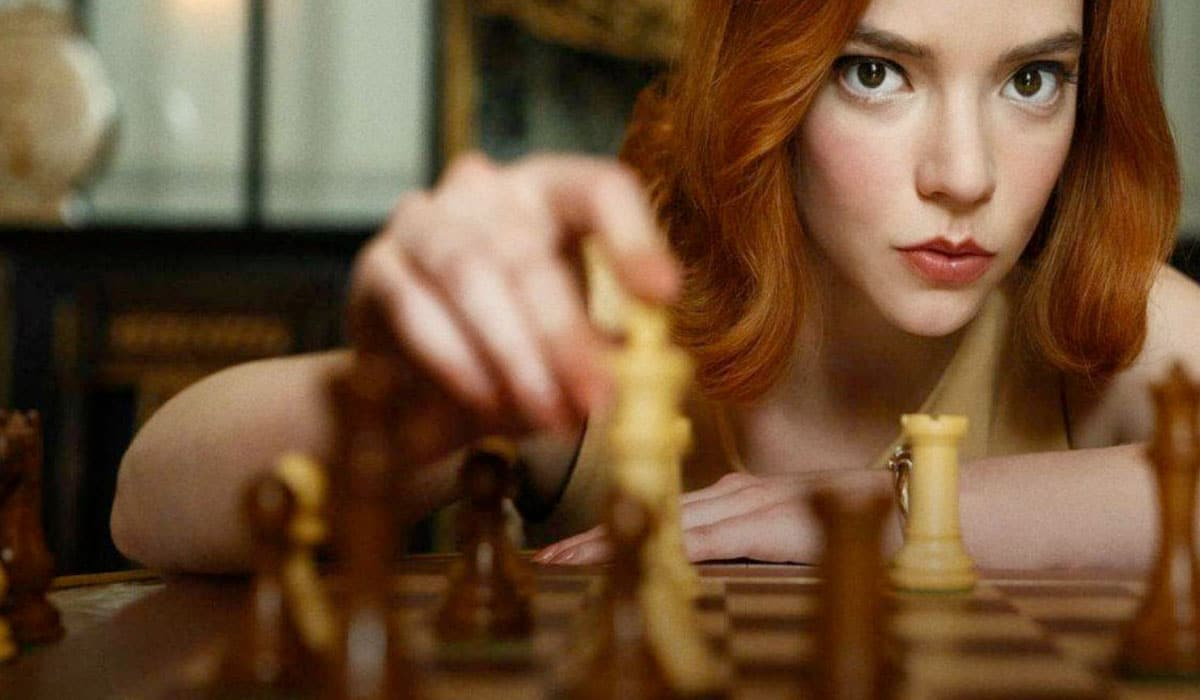 beneficios del ajedrez en gambito de dama