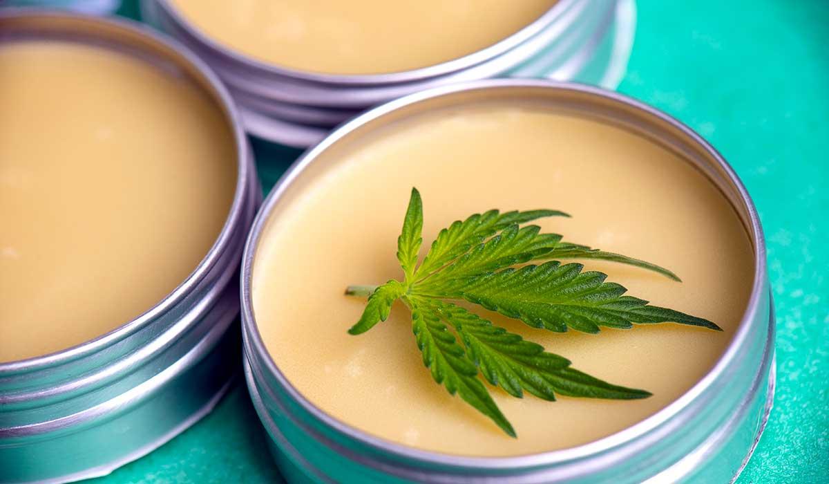 crema hecha con cannabidol para el dolor