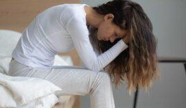 Despertar con dolor de cabeza: por qué y qué puedes hacer