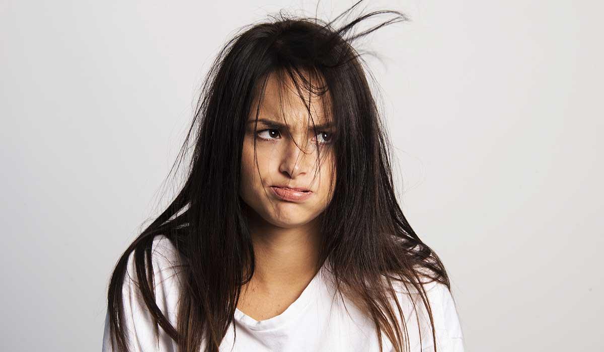 cómo arreglar tu cabello maltratado con cosas que tienes en casa