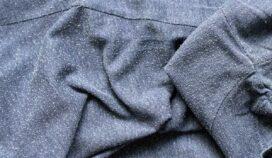 Por qué se forman las bolitas de la ropa y cómo evitar que aparezcan