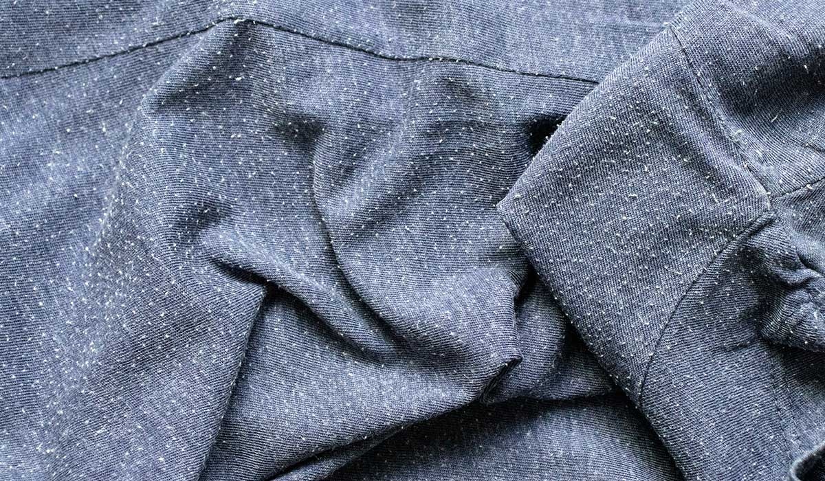 cómo evitar las bolitas de pelusa en la ropa