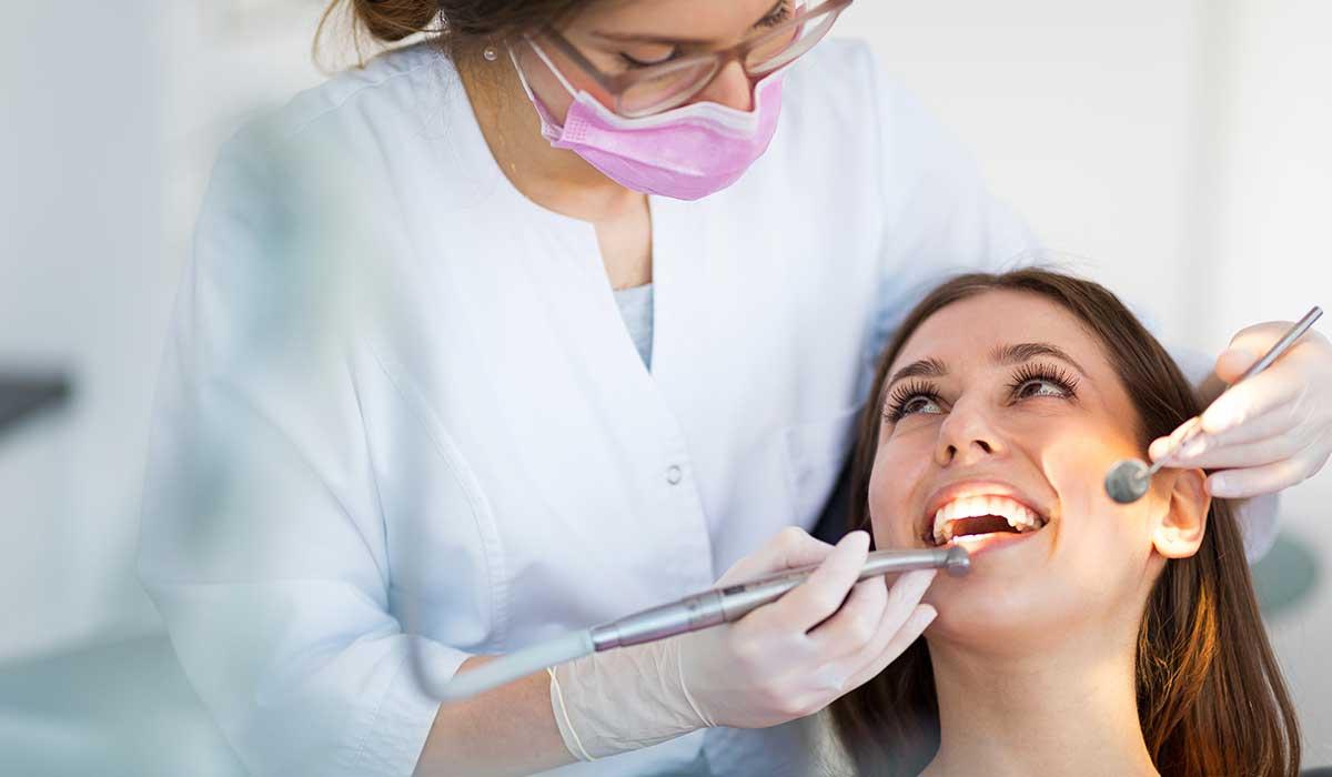 la importancia de los dentistas para tu salud y tu persona