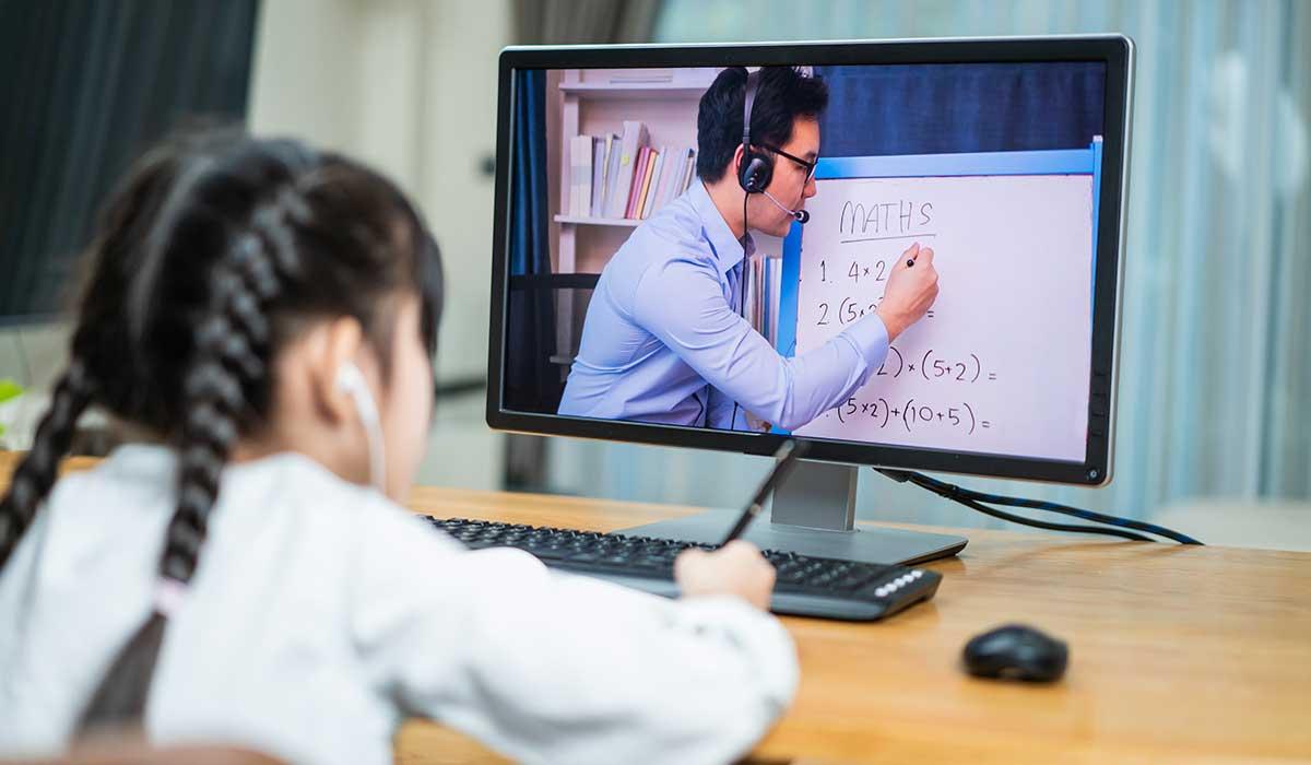 maestra cree esencial que los alumnos regresen a las aulas