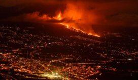 Si la lava del volcan llega al mar producirá una peligrosa reacción química