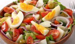 rica y fresca ensalada campera