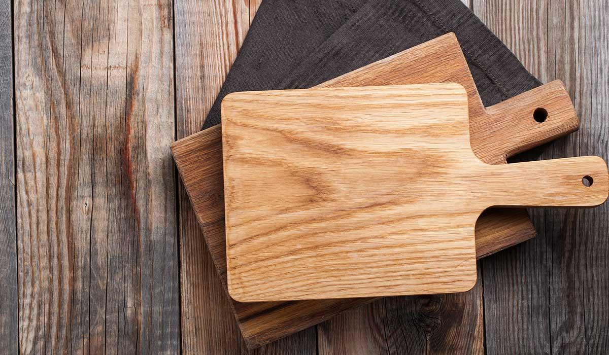 tabla de plástico o madera, cual es más segura