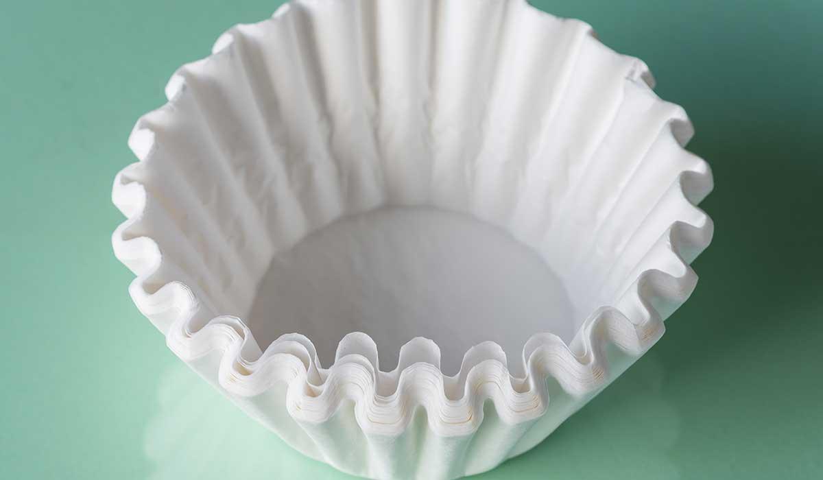 uso de filtros de cafe para la limpieza del hogar
