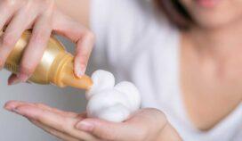 ¿Es conveniente usar mousse? Usos y desventajas para tu cabello