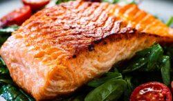 salmón marinado con jarabe de maple y mostaza